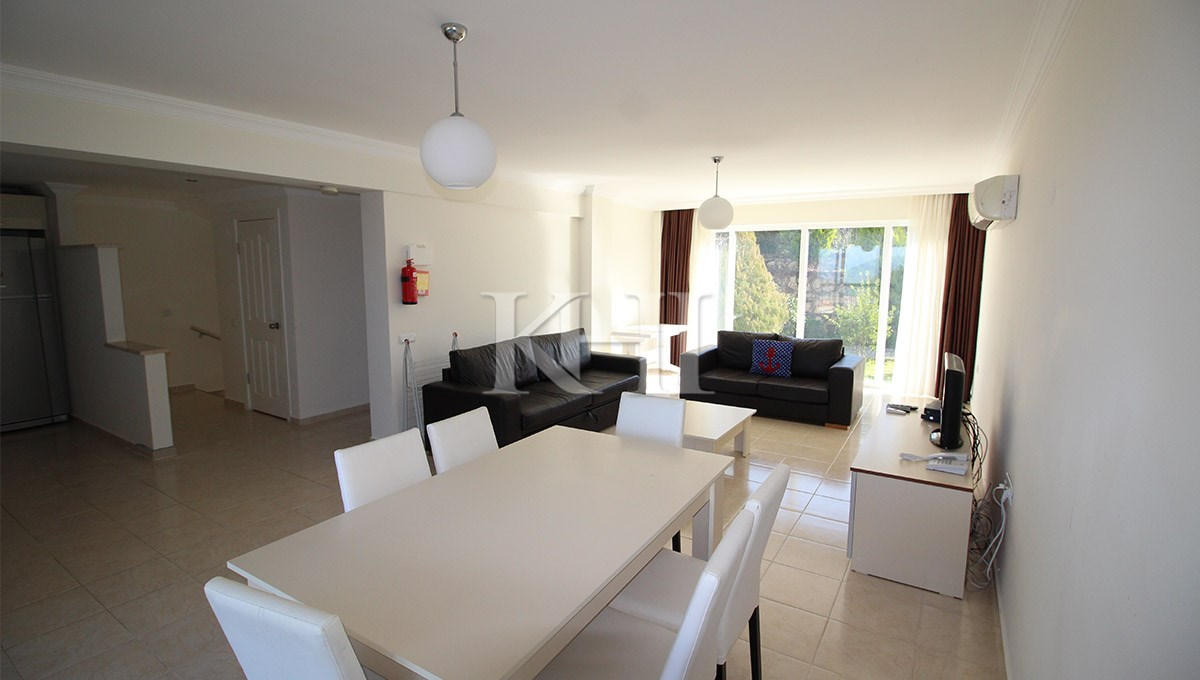 Two Bedroom Invert Duplex Apartment in Ovacik