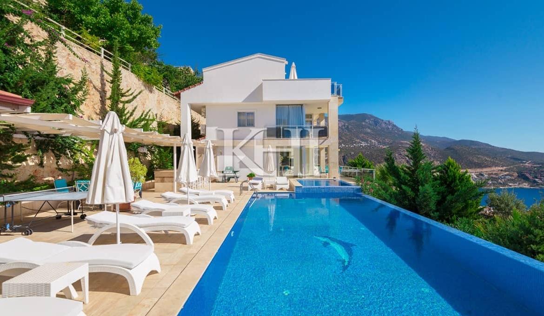 Detached 5 Bedroom Fully Funished Villa