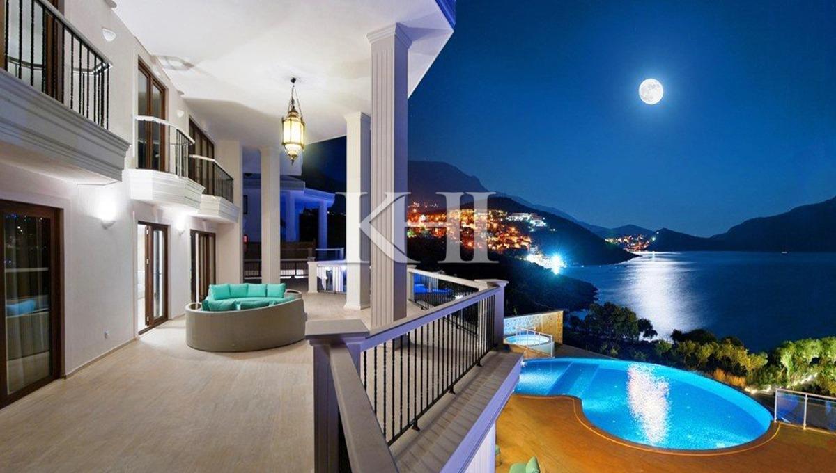 Beach-front Luxury 5 Bedroom Villa fully furnished 5 bedroom villa