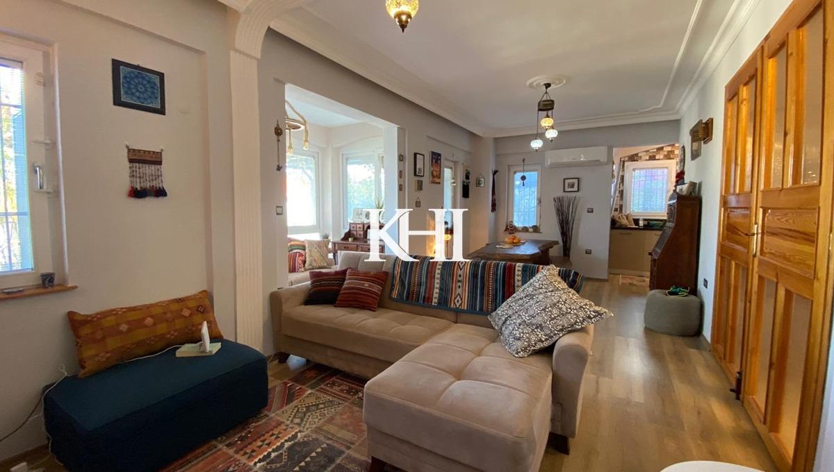 Kadikoy Villa For Sale
