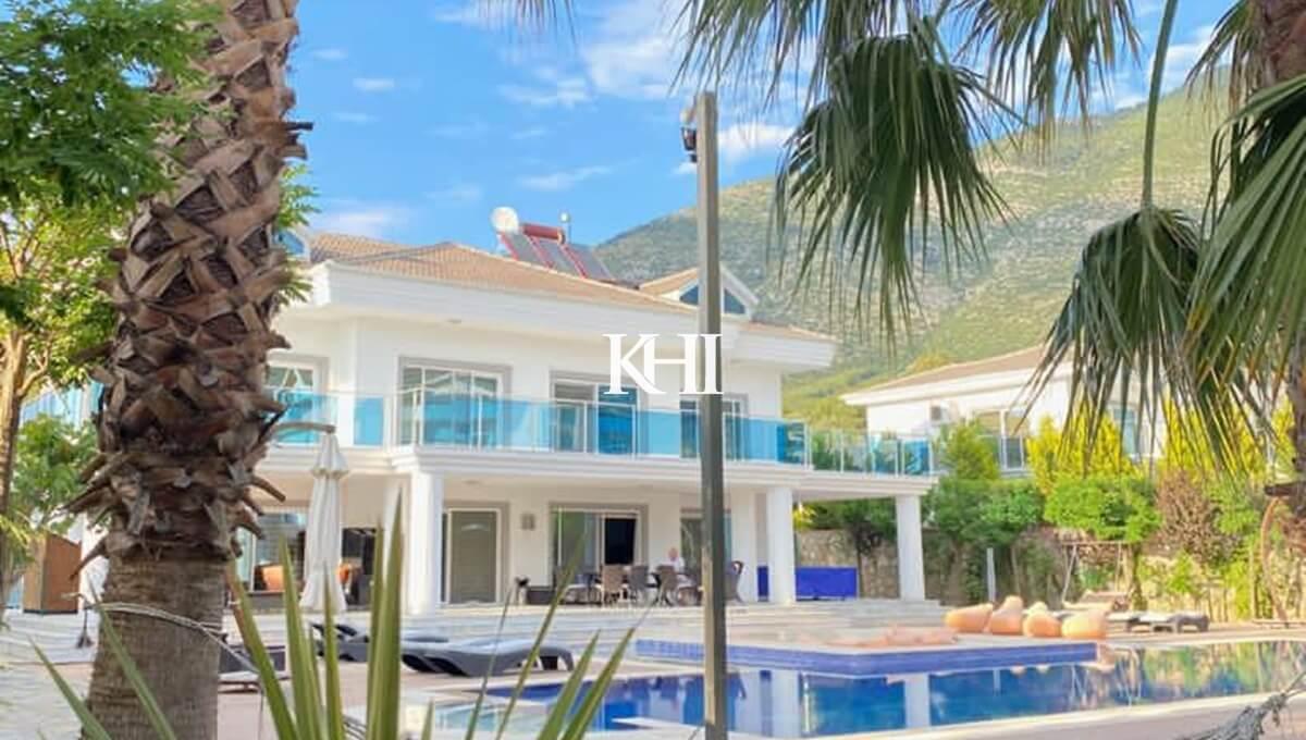 Luxury Large Villa For Sale Near Ovacik